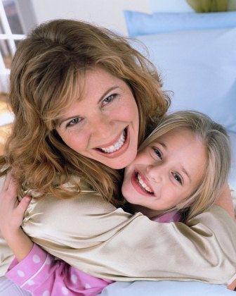 Divorce Helper - divorced single mom with daughter